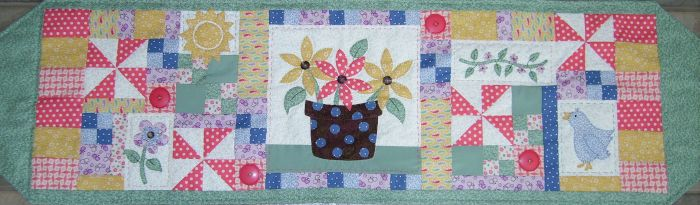 spring table runner 2
